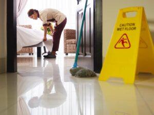 pulizia camere albergo